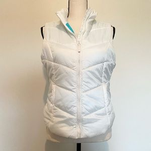 Aeropostale Sleeveless Puffer Vest with Zipper